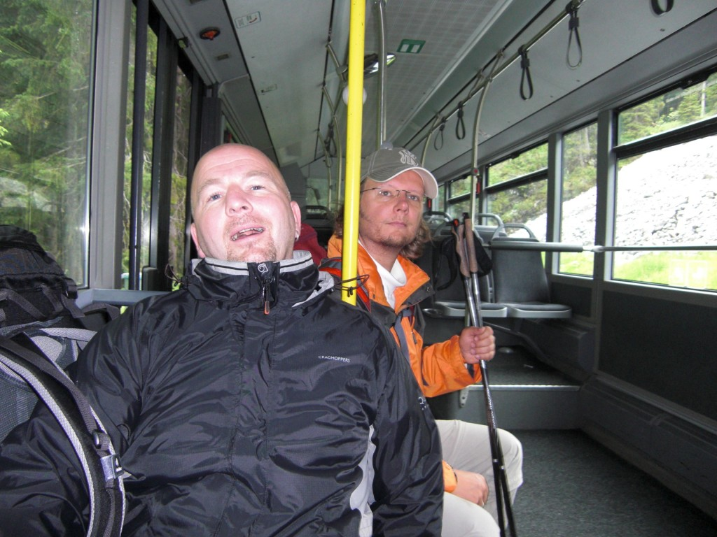 Rückfahrt mit dem Bus, der nach Fahrplan kam